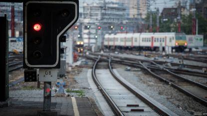 Treinverkeer vanuit Brussel-Zuid verstoord door computerproblemen in seinhuis