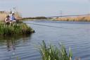 Vissers langs de IJssel.
