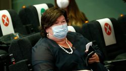 """De Block: """"België zal in maart kunnen beginnen vaccineren tegen coronavirus"""""""
