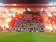 Fans Legia reageren op boete met nieuw spandoek