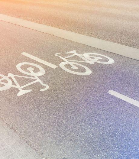 Leerlingen uit Spijk zonder fietspad toch veilig naar school: wethouder belooft 'maatwerk'