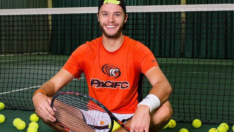 Tennisser Sem Verbeek heeft ook een bachelor geneeskunde op zak. 'Als het niet lukt, ga ik op mijn 27ste voor het maatschappelijke leven' Beeld Mats van Soolingen