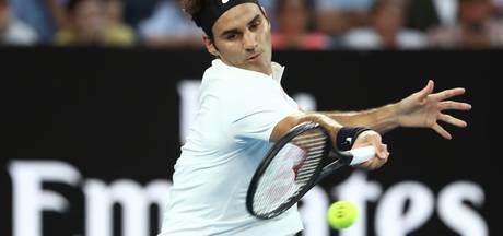 Titelverdediger Federer slaat zich simpel naar tweede ronde