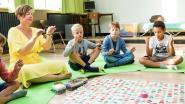 """Brugse kindercoach wil meer meditatie in lager onderwijs: """"Scholen roepen meer en meer mijn hulp in"""""""