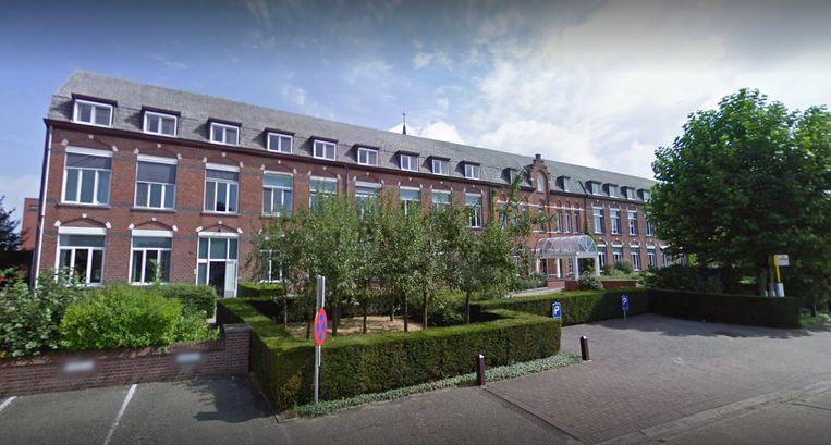 De Sint-Elisabethschool in Wijchmaal waar het steekincident plaatsvond.