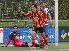 #HéScheids: Jelle Macare van FC Zutphen scoort met halve omhaal