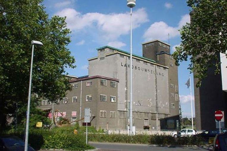 Landbouwbelang, een kraakpand in Maastricht (landbouwbelang.com) Beeld