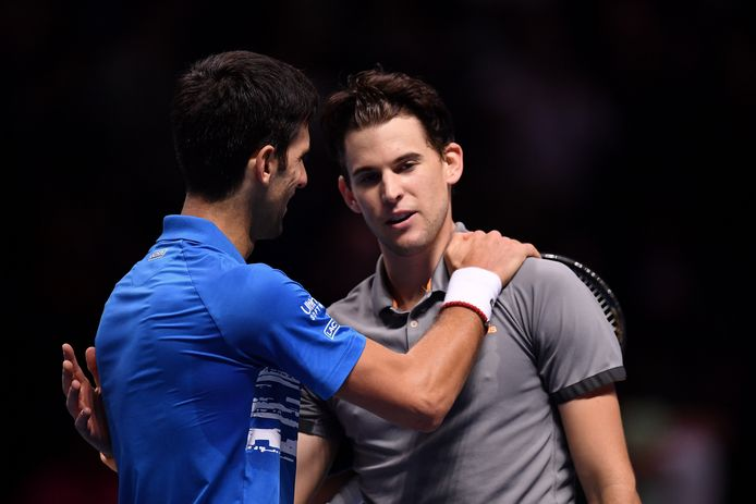 Novak Djokovic feliciteert Dominic Thiem.