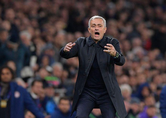 José Mourinho staat met Tottenham Hotspur vanavond tegenover zijn oude ploeg Manchester United.