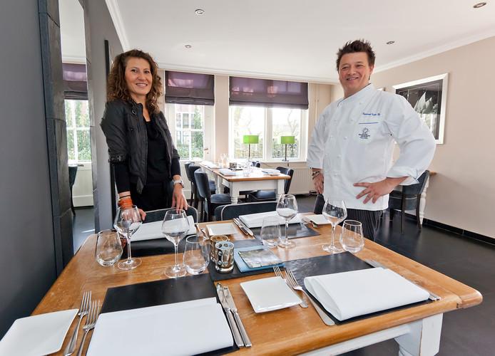 Kim Edwards en Raymond Reeb in hun restaurant Tante Kee op Kaageiland.