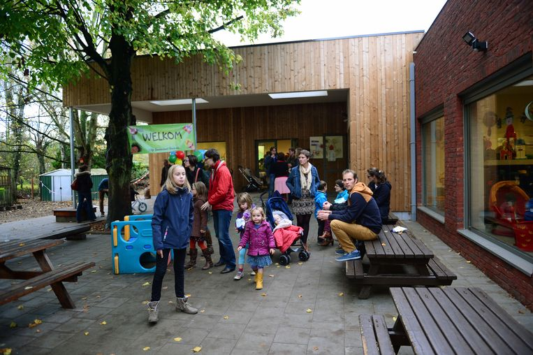 De wijkschool in de Lemingenstraat.