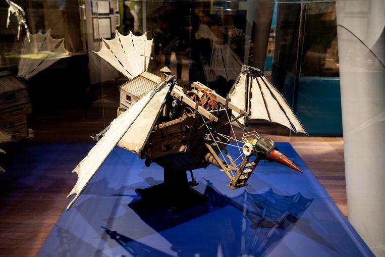 Het model van de vliegmachine. Beeld David Vroom