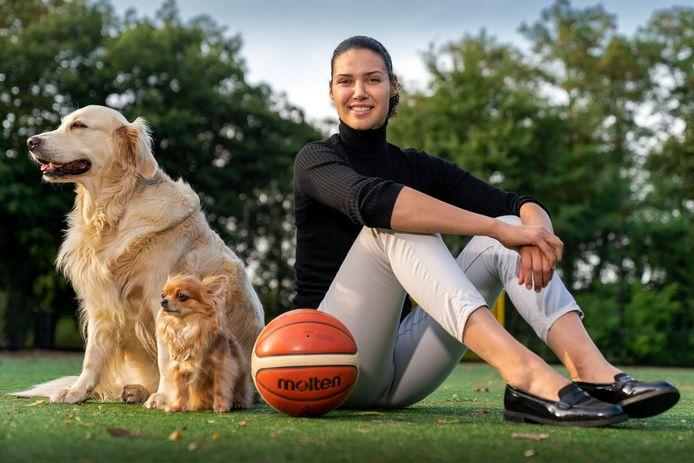 Basketbalster Chatilla van Grinsven heeft een pauze ingelast.