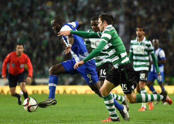 Vincent Aboubakar (L)