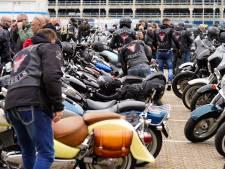 Paar honderd mensen protesteren tegen pedofilie in Utrecht