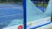 Vandalen vernielen glazen paneel bij Padelclub Waasland