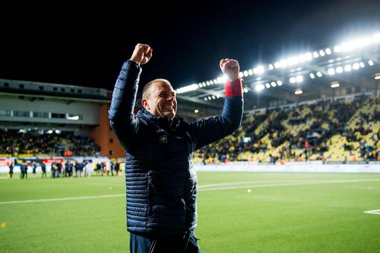 Jess Thorup behaalde Play-off 1 met Gent op het veld van rechtstreekse concurrent Sint-Truiden (0-2).