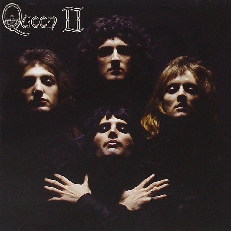 De hoes van 'Queen II'. Beeld
