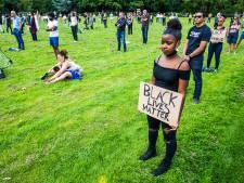 Zo'n 300 mensen demonstreren tegen racisme in Dordrecht