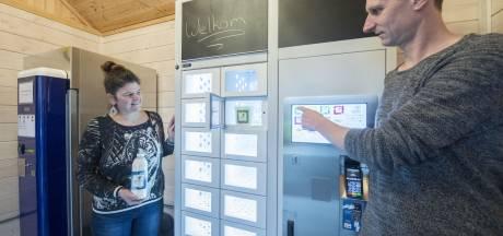 Familie uit Harbrinkhoek begint boerderijwinkel: 'Aan onze yoghurt hoef je geen suiker toe te voegen'