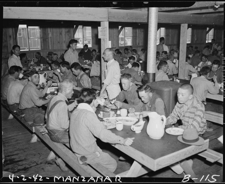 De eetzaal van Manzanar, één van de tien interneringskampen voor Japanse Amerikanen Beeld Clem Albers/National Archives/Wikimedia