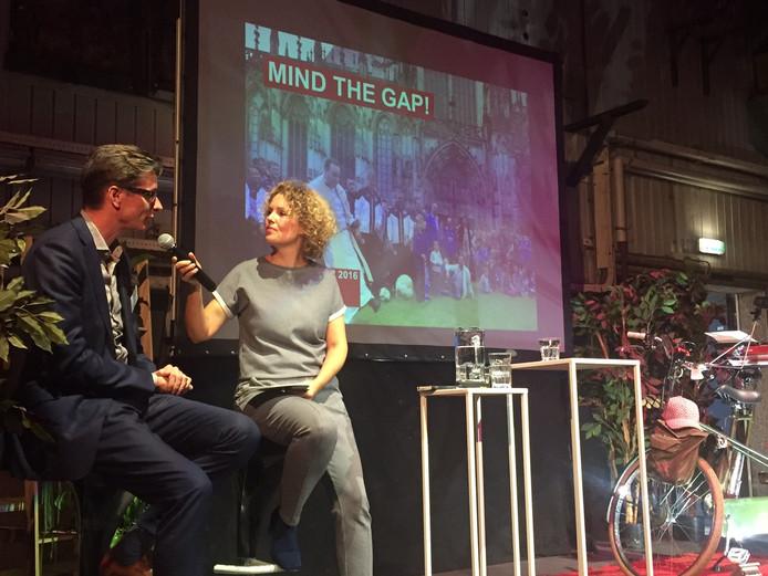 Op de foto links directeur Joks Jansen van BrabantKennis.