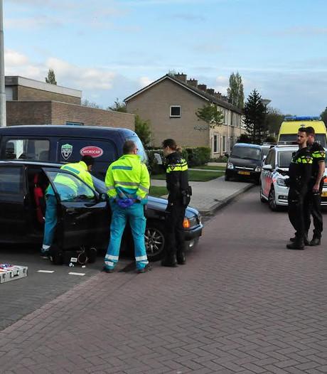 Man ligt ladderzat in auto in Waalwijk