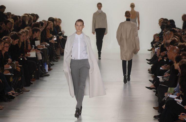 Modeshow van Jil Sander voor herfst/wintercollectie 2006.