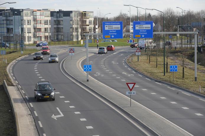 De scherpe bocht in de aansluiting van de N264 op de A50 richting Veghel wordt nog dit jaar aangepakt.