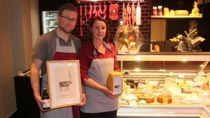 Andries en Ruth pakken in vernieuwde slagerij uit met Aaigemse bierkaas en vegetarische alternatieven
