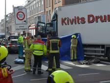 Fietser (82) overleden na aanrijding met vrachtwagen op Laan van Meerdervoort