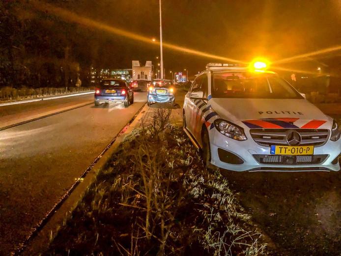 Op de Harderwijkerweg in Ermelo botsten twee auto's met elkaar.