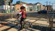 Laat gratis uw fiets graveren of ketting smeren op Neuzenplein
