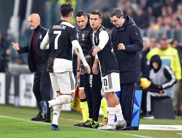 Ronaldo wordt gewisseld voor Dybala.