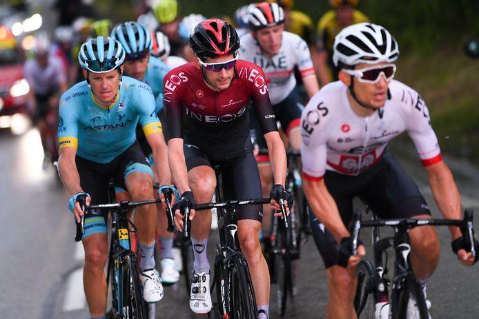 Wout Poels (midden) won vorig jaar de voorlaatste rit van het Critérium du Dauphiné.
