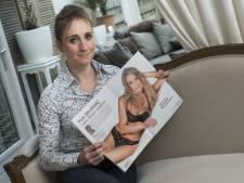 Pin-upmodel Mechteld over ontslag: 'Dit kan toch niet in Nederland?'