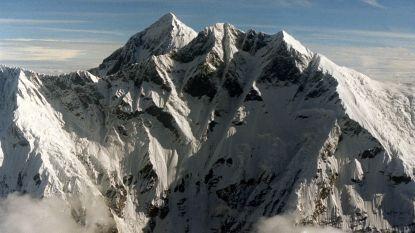 Mount Everest spuwt zijn doden uit: lichamen van omgekomen klimmers komen bloot te liggen door smeltend ijs