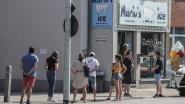 """Politie krijgt pak meldingen over massa volk bij ijssalon in Rekem: """"Maar we houden toch afstand?"""""""
