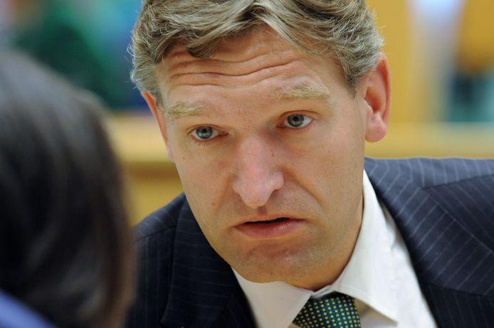 DEN HAAG - CDA'er Sybrand van Haersma-Buma wordt genoemd voor de post Minister van Defensie,