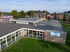Kunstenaars in leegstaande school IJsselmuiden