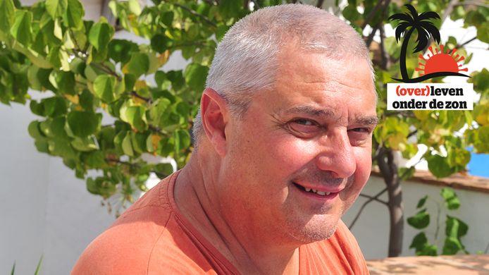 Frank Van Beselaere (67) bleef alleen achter in zijn B&B terwijl zijn vriendin terug in België ging werken.