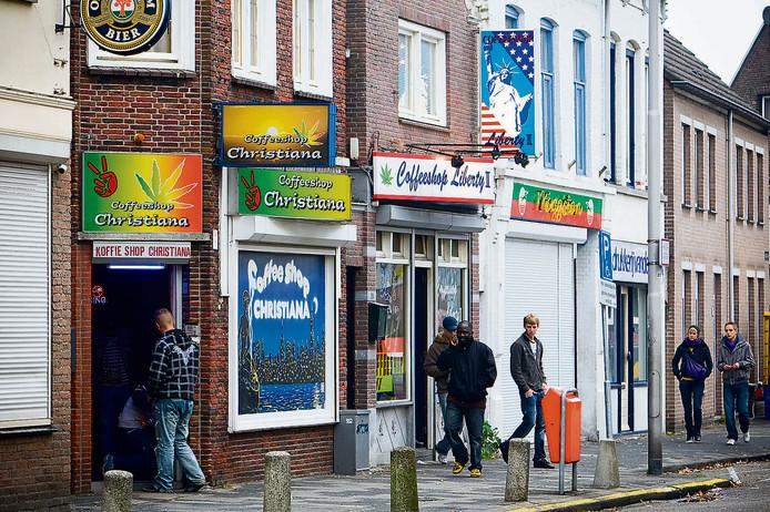 Roosendaal sluit in 2009, samen met Bergen op Zoom, als enige steden in Nederland alle coffeeshops.