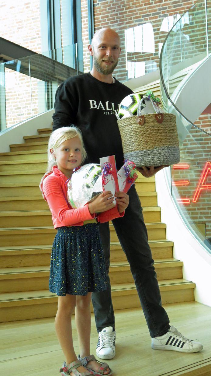 Team Hoarle won de eerste sport- en cultuurquiz in de gemeente Hellendoorn.