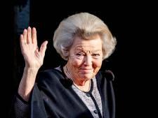 Beatrix opent expositie bij Paleis Het Loo