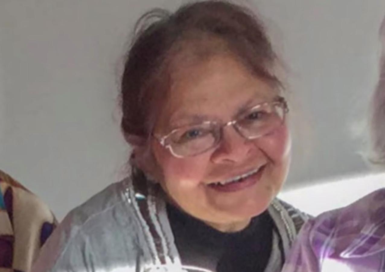 Rinia Carlien Hazra Chitanie.