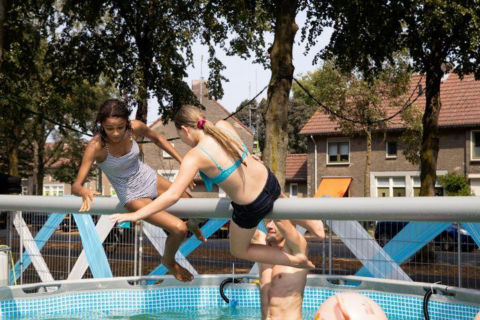 In Woensel-West gaat de Kindervakantieweek wel door; in de rest van Eindhoven is het vanwege het coronavirus afgelast.