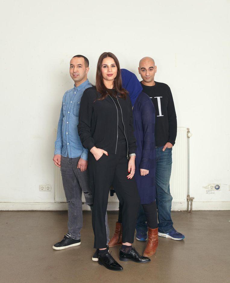 Abdessamad Bouabid (33), Gyzlene Kramer-Zeroual (34), Safa (27) en Farid Benmbarek (34). Beeld Daniel Cohen