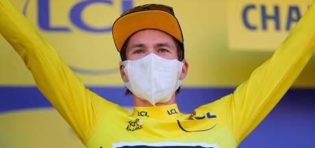 Roglic laat weinig los over eventuele fietswissel: 'Het hangt van de situatie af'