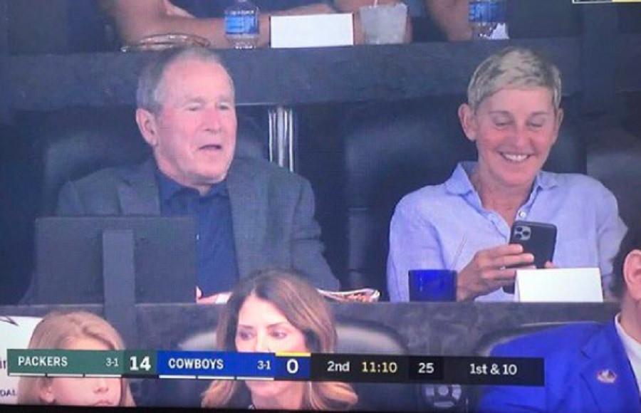 La photo de George W. Bush et Ellen DeGeneres énerve les internautes.