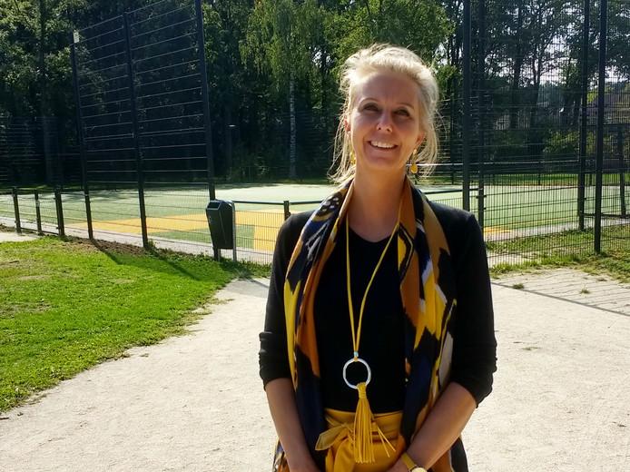 Op basisschool De Regenboog in Enschede sporten leerlingen structureel elke middag één uur. Initiatiefnemer en directeur Mariëlle Siebelt.